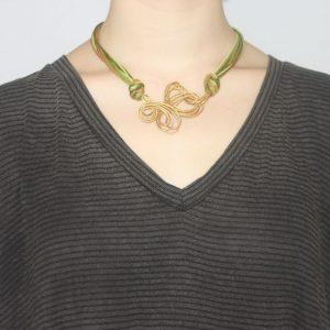 9917c72d017f Collares artesanales para mujeres - Collares oro vegetal - Bisutería  ecológica